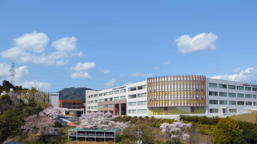 山口芸術短期大学