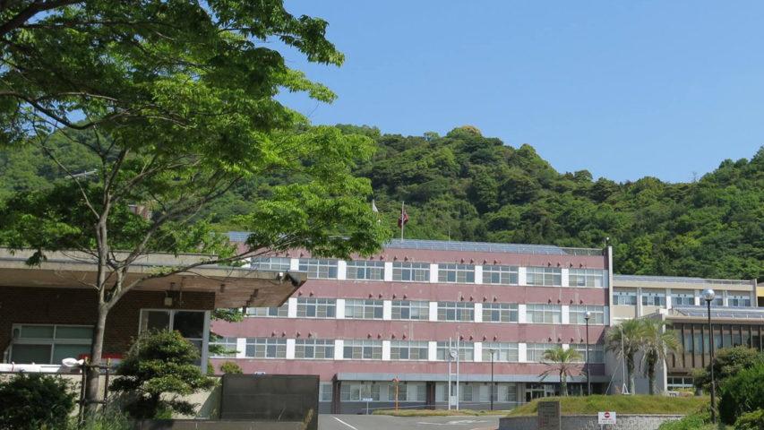 徳山工業高等専門学校